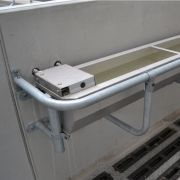 dsc-8735-drinking-water-systems-spinder-stainless-steel-water-trough-spinder-dairy-housing-systems