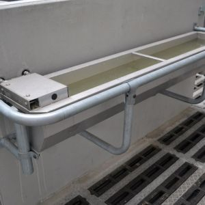 dsc-8735-spinder-stainless-steel-water-trough-spinder-dairy-housing-systems